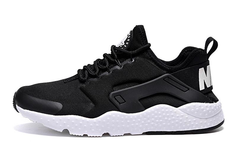 chaussures huarache nike nike huarache ultra noir et blanche femme Nike Air Huarache En Solde Nike Chaussure Huarache Huarache 2016 Blanche