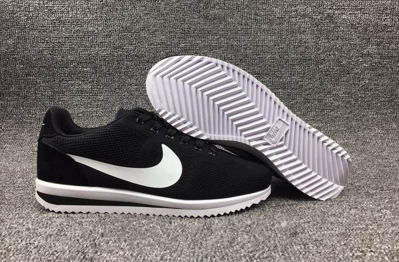 Foot Locker Nike Cortez